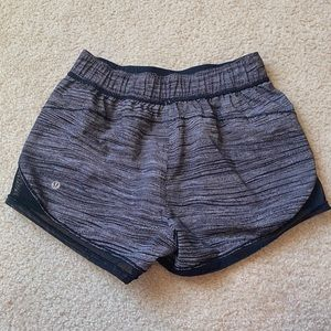LuluLemon shorts!🖤